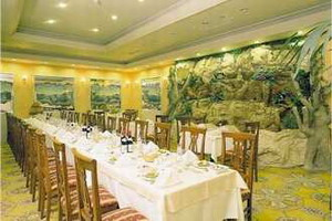Grand Anka Hotel Restaurant Picture