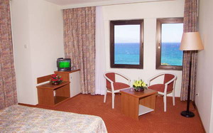 Babaylon hotel cesme Izmir hotel double room picture