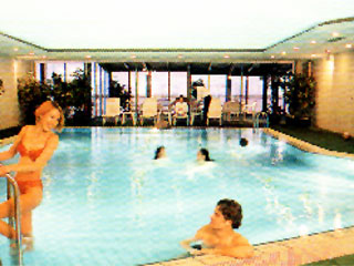 Grand Hotel Mercure Hotel Izmir Swimming Pool picture II